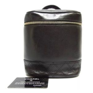 Chanel CC Makeup Vanity Bag Case Quilted Lambskin